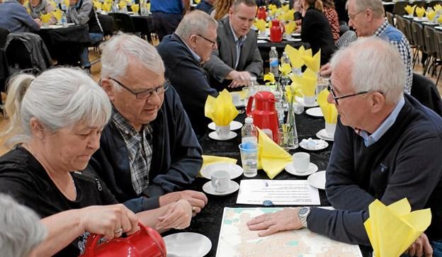 Byens borgere debattere, hvor det nye plejecenter skal placeres. Foto: Niels Helver Niels Helver