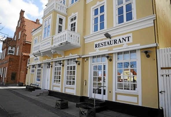 Turen byder på middagsmad på Skagens Hotel.Privatfoto