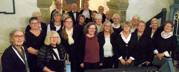 Landsbykoret St. Brøndum giver forårskoncert i Thorup Kirke. Foto: Leif Bach