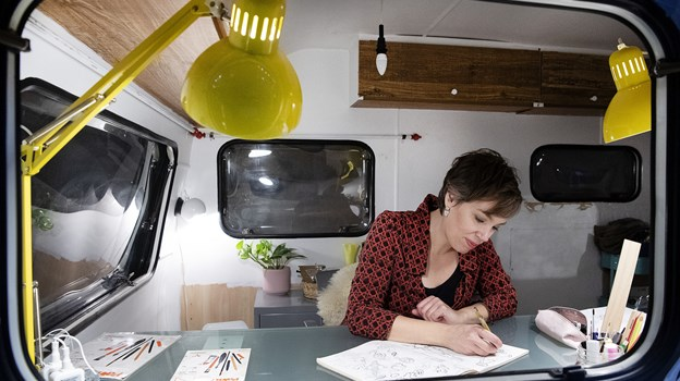 Jill Lycoops har specialiseret sig i tegninger og vægmalerier til både private og virksomheder. Foto: Peter Mørk