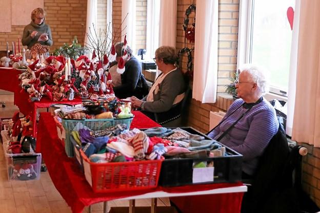 Søndag var der inviteret til julemarked i Stae Borgerhus. Foto: Allan Mortensen
