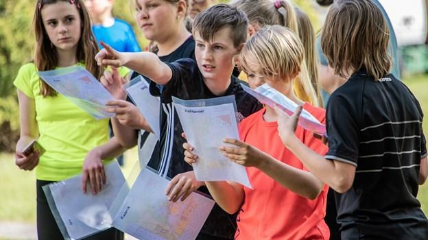 De mange elever var utålmodige efter at komme ud at løbe i skoven omkring hospitalshaven. Martin Damgård