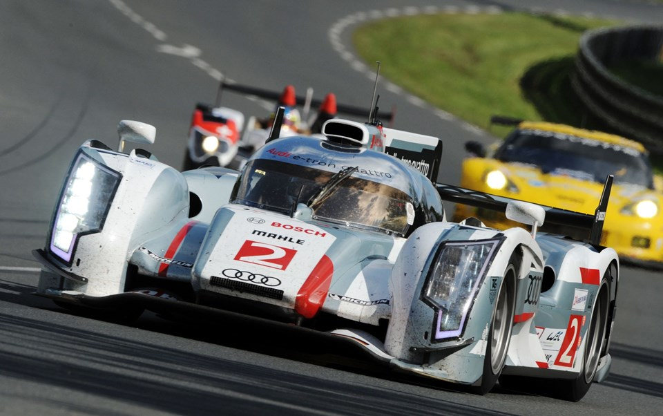 Audi R18 E-Tron Quattro Nº2 driven by Danish Tom Kristensen competes in the 80th edition of Le Mans 24 hours endurance race, on June 16, 2012 in Le Mans, western France. AFP PHOTO JEAN-FRANCOIS MONIER