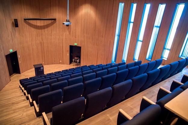 Her ses lokalet, som René Maxwell kan bruge til at holde møder.