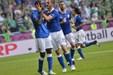 Cassano og Balotelli sender Italien videre