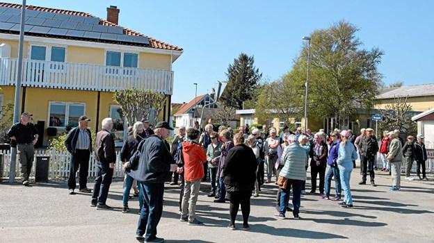 60 deltagere gik med på byvandringen i Hou. Privatfoto