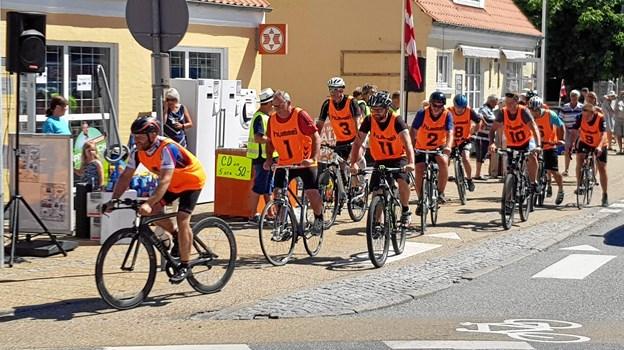 Ålbæk Håndbold Klub står igen for gade cykelløbet gennem byen. Foto: Ole Svendsen