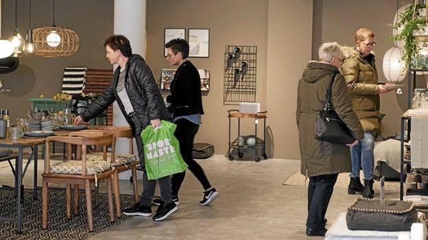 Der var ekstra travlhed hos Lund Interiør fredag den 1. marts. ?Foto: Peter Jørgensen Peter Jørgensen