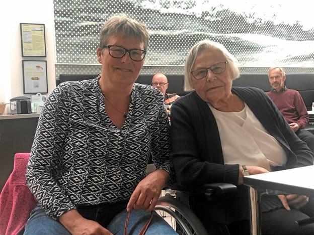 Liselotte Nielsen havde sin mor, Astrid Nielsen, med til modtagelsen på rådhuset. Foto: Thomas Nielsen