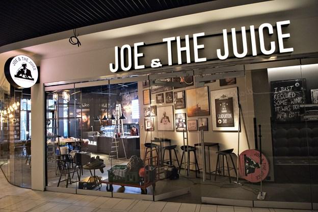 Den nye Joe & The Juice var indtil forleden skjult bag plader - da de kom ned, åbenbarede en næsten fuldt færdig juicebar sig.Foto: Kurt Bering