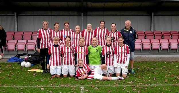 De seje fodboldkvinder hos Astrup IF. Foto: Privat