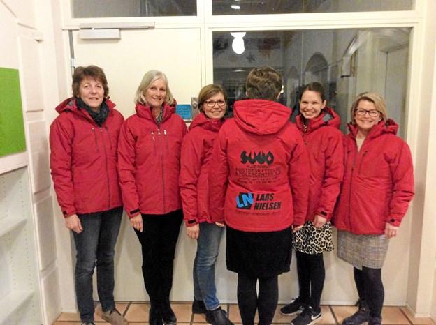 Vinterjakker til personalet i Hyttefadet. Foto: Privatfoto