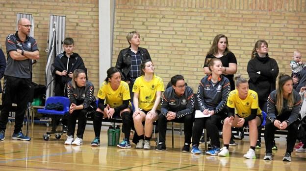 ØHIK har mange spillere på bænken. Foto: Flemming Dahl Jensen Flemming Dahl Jensen