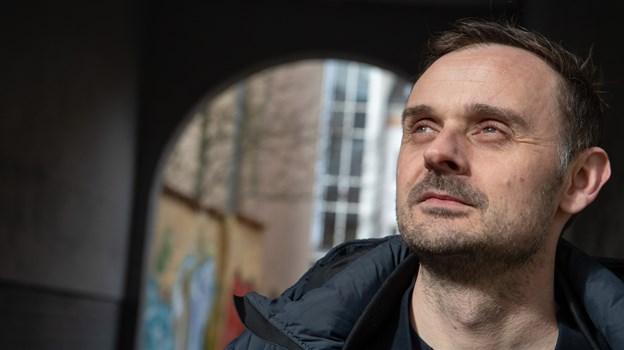 Jonas Jacobsen er leder af Kirkens Korshær gæster Højskoleugen.