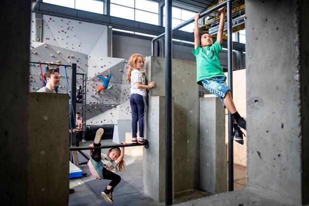 """Asfalten her i Game Streetmekka Aalborg er i morgen, lørdag 20. oktober, ramme om """"Aalborg Street Workout - GAME competition"""". Der vil fra klokken 12 være en konkurrence, hvor alle uanset niveau og ambitioner kan være med."""
