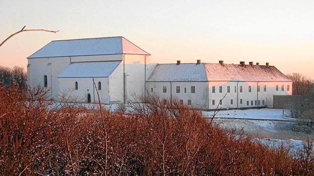 I den historiske film kommer seerne blandt andet med til Børglum Kloster.  Arkivfoto
