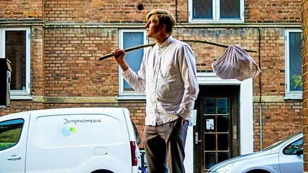 Comedyshowet Victor Flygter Hjemmefra kommer til Aalborg, og det støtter landsindsamlingen for Dansk Flygtningehjælp. PR Foto