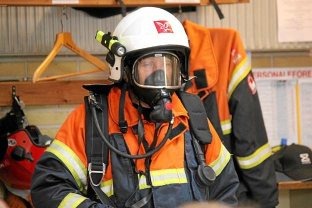 Brandmanden er klar til sit arbejde. Foto: Flemming Dahl Jensen