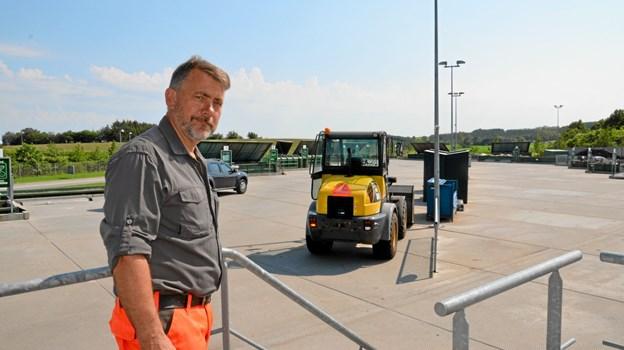 Carsten Nørgaard har de sidste 27 år arbejdet på genbrugspladser. De sidste syv år som ansvarlig for pladsen i Arden, der blev indviet i november måned 2012. Foto: Jesper Bøss