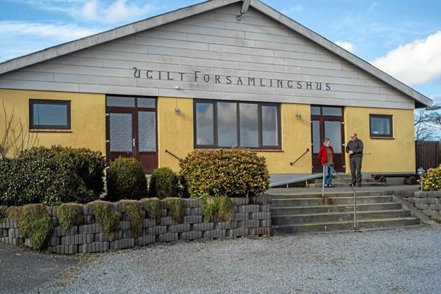 Formanden Bodil Pedersen og kasserer Thorkild Nielsen kan allerede nu mærke en stigende efterspørgsel på leje af Forsamlingshuset, efter køkkenet er blevet renoveret. Foto: Niels Helver Niels Helver