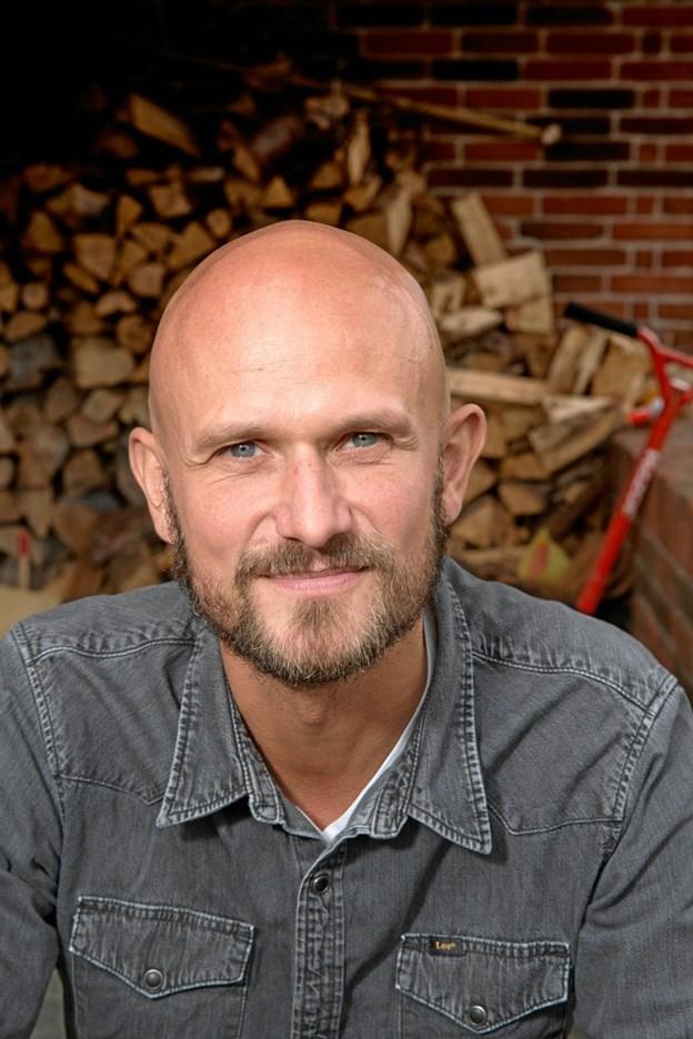 Anders Petersen besøer Kirkeladen. Privatfoto