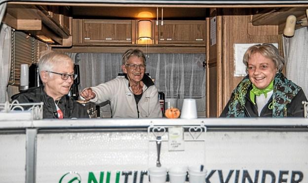 Nutidens Kvinder solgte vafler og kaffe. Foto: Mogens Lynge