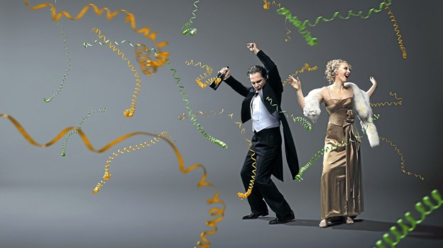 Eller direkte fra Operaens store scene den festlige operette Flagermusen. Foto: Klaus Vedfelt Ole Iversen