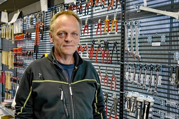 Preben Møller, der har 33 års erfaring hos Lemvig Müller og to år hos Mors-Thy Industrilager, er spændt på at starte den nye butik op. Foto: Ole Iversen Ole Iversen