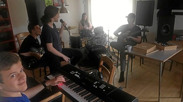 Als Ungdomsklub for fuld musik. Foto: Mariagerfjord Ungdomsskole