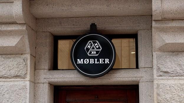 Skiltet er kommet op over døren og butikken er klar til åbning på fredag 3. maj. Foto: Lars Pauli