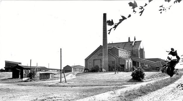Godt syv år efter lukningen i 1966 var bygningen og området stadig i fin stand. Arkivfoto: Grete Dahl