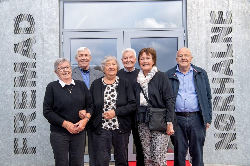 De seks æresmedlemmer. Fra venstre Tove Carlsen, Knud Winther, Ruth Sejling, Bent Pedersen, Inge Pedersen og Jens Sejling. Foto: Lars Pauli © Lars Pauli