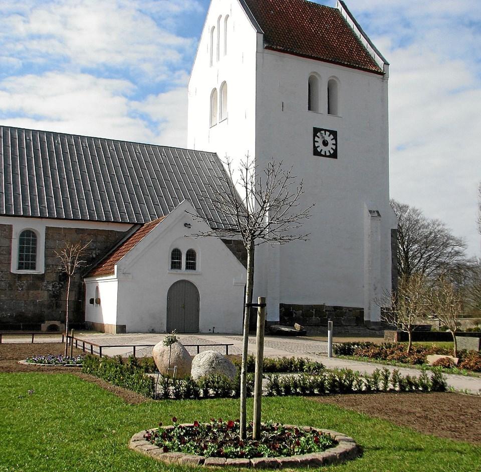 Vrå Kirke.   Arkivfoto Arkivfoto
