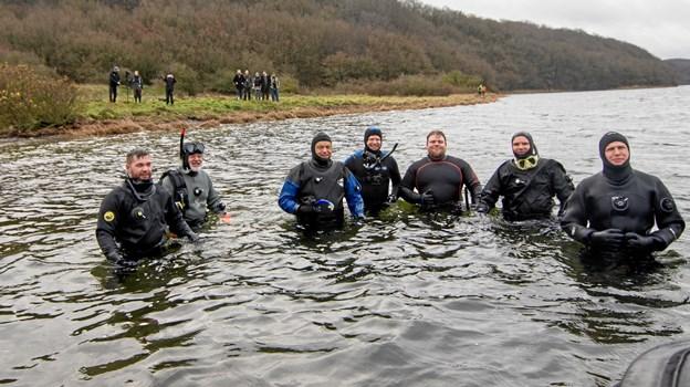 Dykkerklubben Cimbrerne med hjemsted i Hadsund var i skarp træning til den uventede bjærgningsaktion på lavt vand efter et nyligt, fælles dykkertogt i Det Røde Hav.              Foto: Renè Bruno Nielsen RENE BRUNO Nielsen