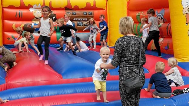 Blandt de mange aktiviteter er der den altid populære hoppeborg. Foto: Niels Helver Niels Helver