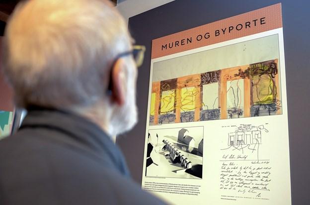 Det er blot et par uger siden, Vesthimmerlands Museum i Aars dannede rammen om indvielsen af et nyt Per Kirkeby-informationscenter. Mandag aften kan interesserede høre mere om Per Kirkebys arkitektur, når en ny Per Kirkeby-bog af professor Thomas Bo Jensen præsenteres i Vesthimmerlands Musikhus ALFA.  Arkivfoto