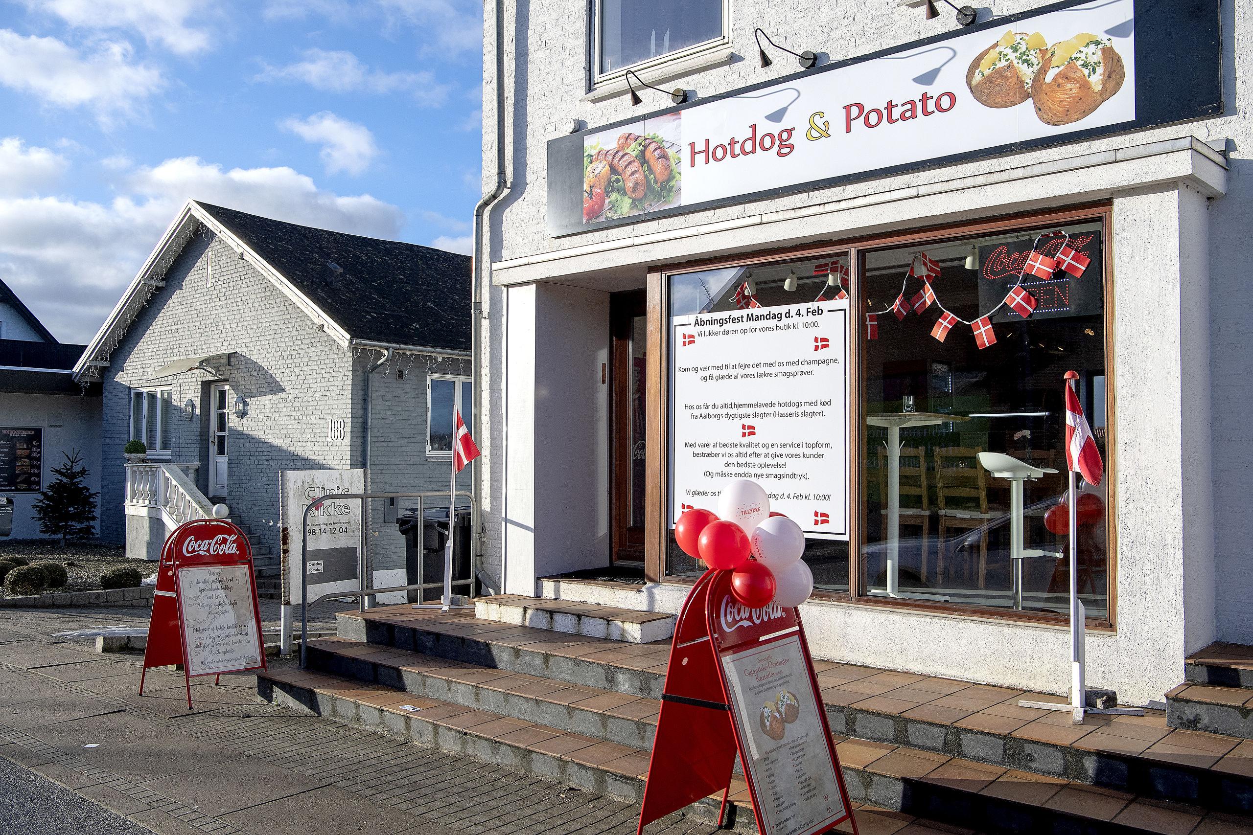 Et mål med Hotdog & Potato er at blive et samlingssted i Gug. Foto: Lars Pauli