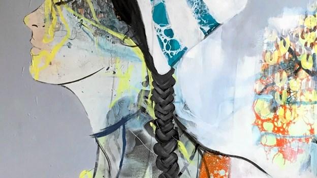 Charlotte Bruun udstiller sine malerier. Privatfoto