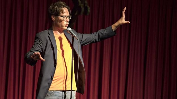 Peter Dyreborg har skrevet en ny fagbog om poetry slam. Foto: Henrik Louis