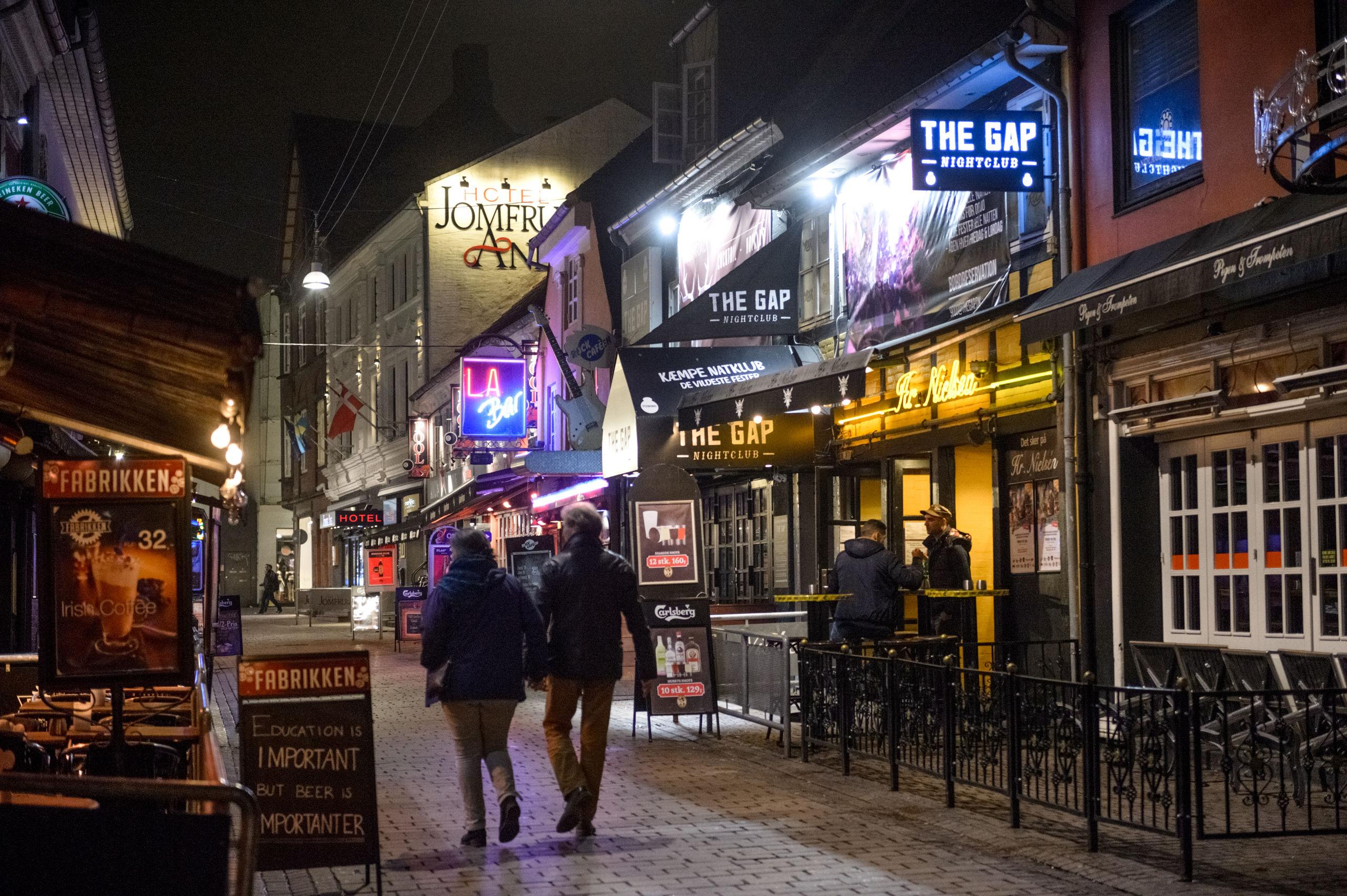 Det fulde program for pubcrawlen er hemmeligt, men man kommer forbi flere af Gadens værtshuse på turen.  Arkivfoto: Nicolas Cho Meier
