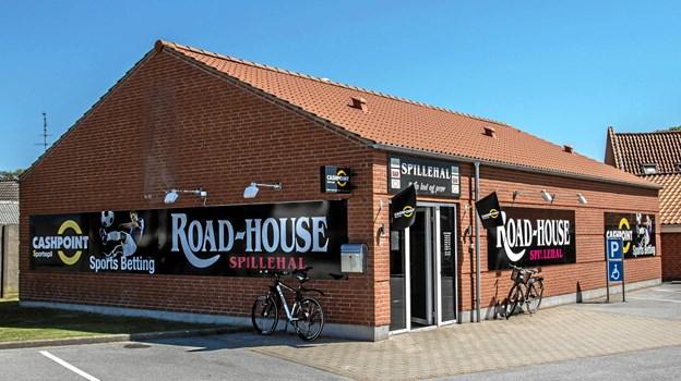 Den nye facade på Roadhouse med Cashpoint logo.