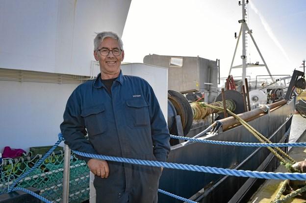Preben Munk håber der bliver tid til at lystfiske efter en lille tun på den lange tur. Han står af efter Panama-kanalen. Ole Iversen