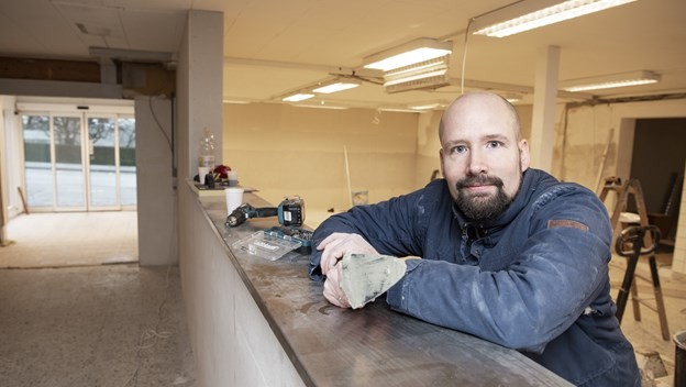 Martin Vraa Olesen er uddannet kok på Røverstuen i Rebild. Til april slår han dørene op for Mos Madhus på Løgstørvej 3.