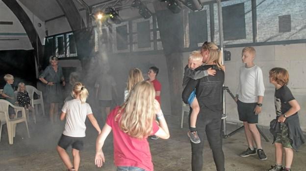 Børnediskoteket i den gamle værftshal blev et hit. Foto: Peter Jørgensen Peter Jørgensen
