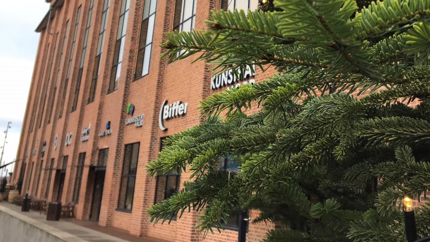 Lagersalg, filmplakater og teater: Nordkraft holder aktiv søndag