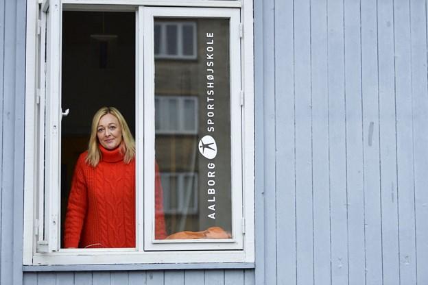 Aalborg Sportshøjskole betyder noget helt særligt for Karen Brødsgaard. Skolen, hvor hun underviser, er årsag til, at hun blev i byen, da hun stoppede sin karriere som aktiv håndboldspiller i 2010.