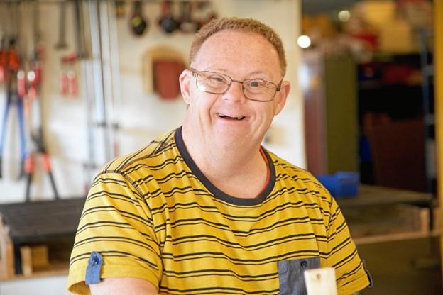Leif Miller Madsen er i følge filmmageren Liv Lundholm en spilopmager og med til at der er sjovt at komme på arbejdspladsen. Privatfoto