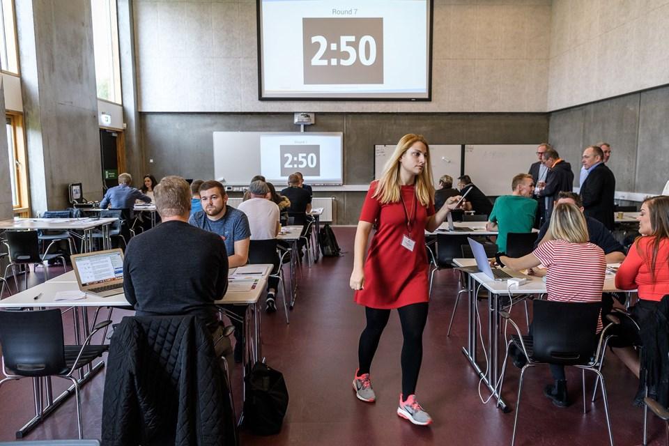Aarhus Universitet tilbyder et inspirerende uddannelses- og forskningsmiljø for 45.000 studerende og 11.500 medarbejdere, der sikrer resultater af høj.