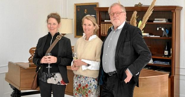 De tre centrale personer ved ferniseringen på Dronninglund Slot er fra venstre: Helle Scheffmann, Nanna Henriette Høgsbro og Peter Thomsen. Foto: Ole Torp Ole Torp