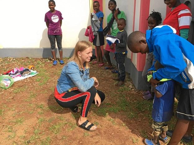 Dette at give og gøre en forskel for børn som Taylor og hans søskende, bragte smilet frem hos Anne Farum Kristiansen. Privatfoto.